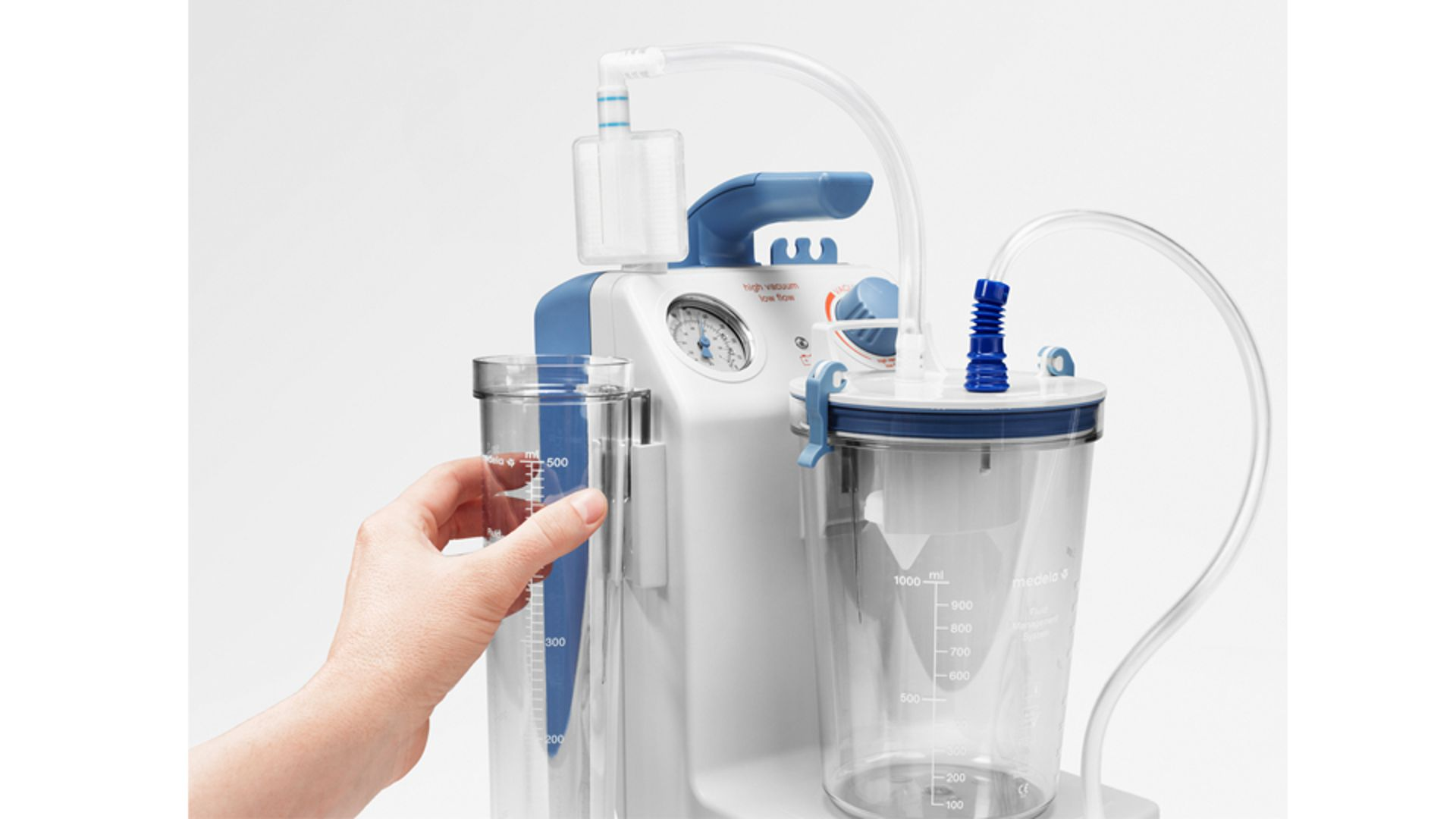 Medela surgical suction Vario 8 in use